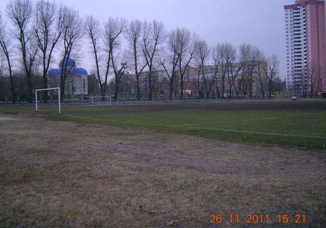 Стадіон Дніпровець-ДВРЗ, церква на ДВРЗ