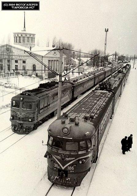 Старий Дарницький вокзал, північний вихід
