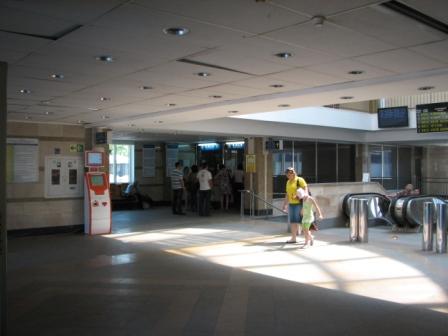 Дарницький вокзал. Каси, перехід