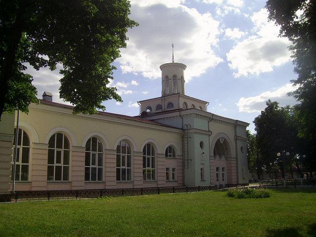 Вокзал у м.Миронівка