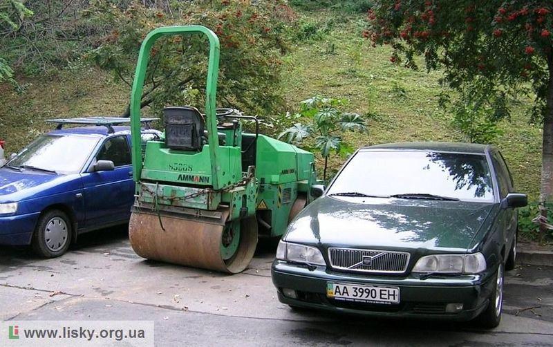Автомобільні стоянки на ДВРЗ
