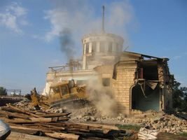 Історія Дарницького вокзалу. Зруйнування будівлі 1953р., 2003 рік