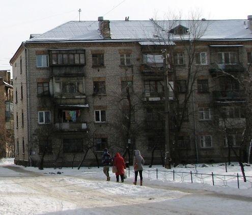 Будинок по Сергія Лазо, 2