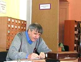 Поет і перекладач Борис Токарчук в бібліотеці №158 (ДВРЗ)