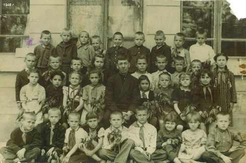 Анатолий Кирик среди одноклассников