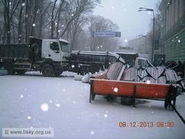 Київський Євромайдан: вранішні барикади. Будинок офіцерів