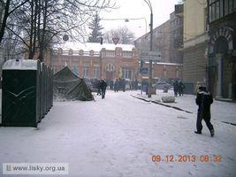 Київський Євромайдан: вранішні барикади. Кріпосний провулок