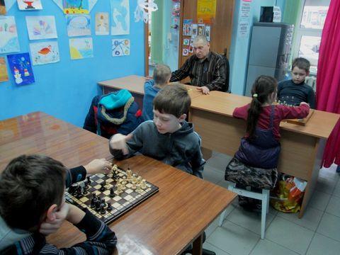 """Дитячий клуб """"Успіх"""" відновлює шахові турніри"""