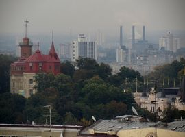 Дарницька ТЕЦ. Вигляд з центру міста