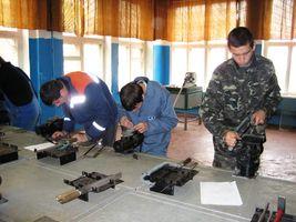 Учні КПЛТ допомагають нашій армії