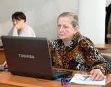 Комп'ютерні курси для людей похилого віку