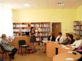 Читальний зал бібліотеки №158 на ДВРЗ, 2012 рік