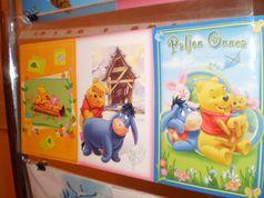 У дні шкільних канікул: бібліотечна виставка поштових листівок