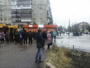 Перекриття вулиці на Празькій-Сергієнка в Києві