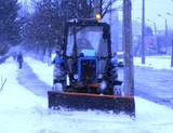 На вулицях Літинській та Довбуша тимчасово складуватимуть сніг
