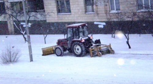 Прибирання снігу в Києві