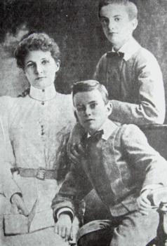 Маргарет Миклухо-Маклай із синами