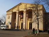 Центр культури запрошує на роботу двірника