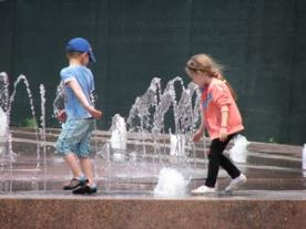 Діти на Хрещатику