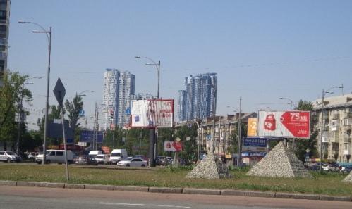 Дарницька площа