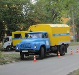 На вулиці Макаренка (ДВРЗ) працює аварійна бригада Водоканалу