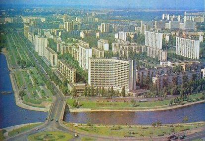 Гостиница Славутич в 1980 году
