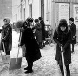 У Києві для прибирання снігу залучатимуть військових
