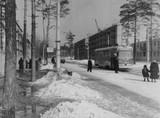 Фото 60-х років: трамвайна зупинка біля школи 103