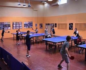 У спортшколі на ДВРЗ відбулася першість району з настільного тенісу