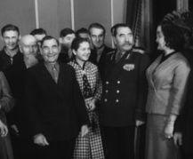 Дом культуры ДВРЗ. Митинг, посвященный 30-летию ДОСААФ. Киев, 1957 год