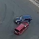 Зіткнення автомобілів перед мостом ДВРЗ