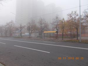 Березняківські зупинки вкрили дахами