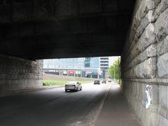 Буде обмежено рух з Русанівки на Березняки під мостом Патона