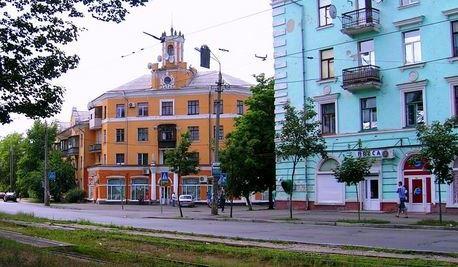 Будинок 97/1 по вулиці Алматинській на ДВРЗ