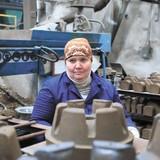 Гордість Укрзалізниці: стрижнева жінка вагоноремонтного цеху