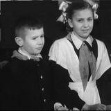 Школярі ДВРЗ з маршалом Будьонним