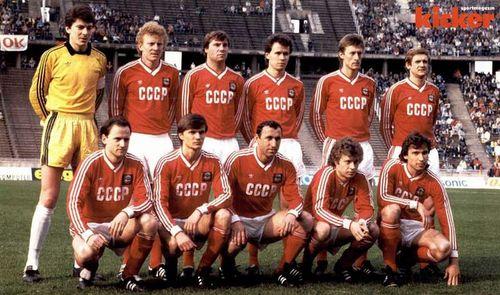 Серебряный призер чемпионата Европы по футболу сборная СССР
