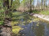 Частину річки Дарниця очищено від накиданого киянами сміття