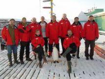 Українські полярники в Антарктиді відсвяткували Мідвінтер