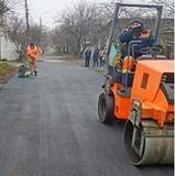 Автодорожники виконали ремонт покриття по вулиці Сеноманській