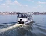 У Миколаєві показали електричний річковий трамвайчик