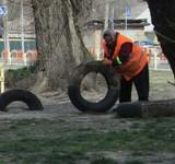Стало відомо, куди дівають зібрані в Києві старі шини
