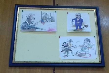 Київська бібліотека побоялась виставити карикатуру на Зеленського