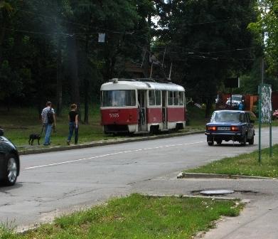 ДВРЗ, зупинка 'Вулиця Макаренка'