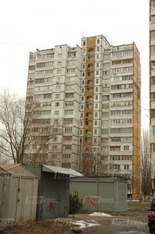 Будинок №12 по Академіка Глушкова
