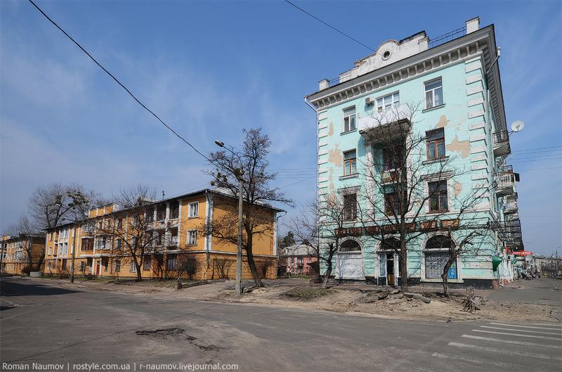 Київ, ДВРЗ, книгарня. Фото Романа Наумова