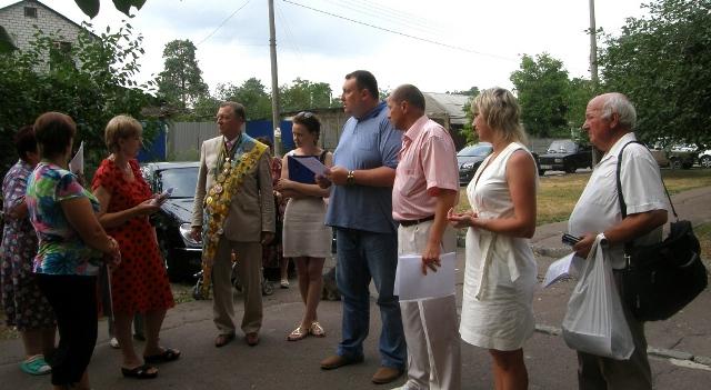 Фото звітної зустрічі Павла Тесленко з мешканцями буд.22